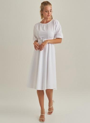 NGSTYLE Kolu Lastikli Elbise Beyaz